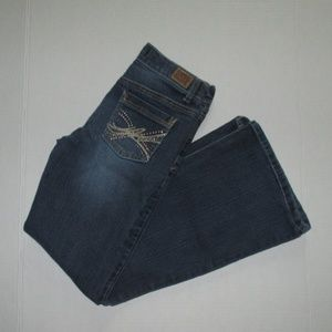 Girls Size 10 LEI Gabby Lowrise Flare Leg Jeans